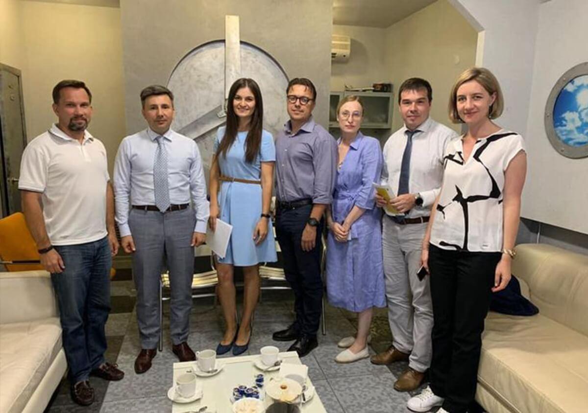 Adeptik посетил председатель правительства региона Александр Шарыкин